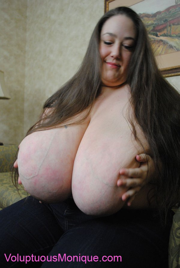 Volumptious Tits And Ass 47