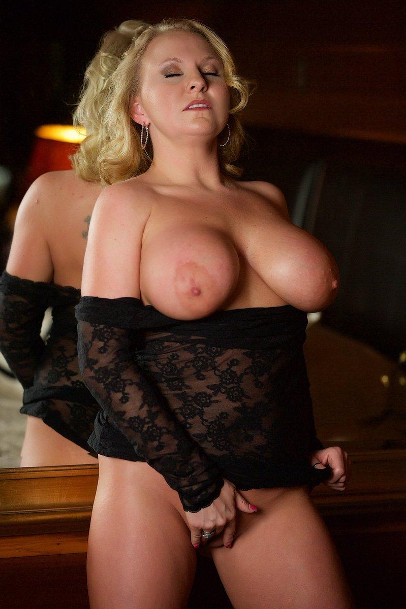 Chrissy-Monroe